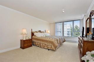 """Photo 8: 1700 5615 HAMPTON Place in Vancouver: University VW Condo for sale in """"The Balmoral"""" (Vancouver West)  : MLS®# R2299628"""