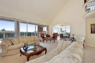 """Photo 4: 1700 5615 HAMPTON Place in Vancouver: University VW Condo for sale in """"The Balmoral"""" (Vancouver West)  : MLS®# R2299628"""