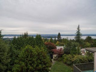 "Main Photo: 1449 SANDHURST Place in West Vancouver: Chartwell House for sale in ""Chartwell"" : MLS®# R2310762"