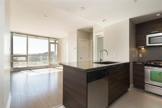 "Photo 5: 3008 2968 GLEN Drive in Coquitlam: North Coquitlam Condo for sale in ""Grand Central 2 by Intergulf"" : MLS®# R2313756"