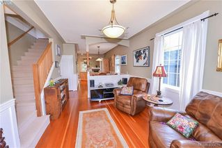 Photo 3: 2 1009 Southgate Street in VICTORIA: Vi Fairfield West Townhouse for sale (Victoria)  : MLS®# 400633
