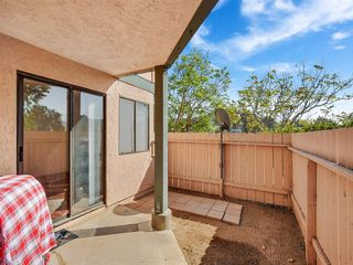 Photo 3: RANCHO SAN DIEGO Condo for sale : 2 bedrooms : 2920 ELM TREE COURT in SPRING VALLEY