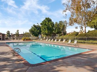 Photo 5: RANCHO SAN DIEGO Condo for sale : 2 bedrooms : 2920 ELM TREE COURT in SPRING VALLEY