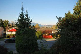 Photo 7: 6158 BERWICK Street in Burnaby: Upper Deer Lake House for sale (Burnaby South)  : MLS®# R2319905