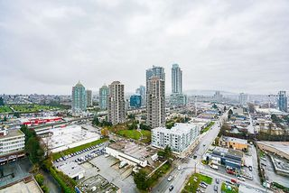 Photo 10: 2403 4250 DAWSON Street in Burnaby: Brentwood Park Condo for sale (Burnaby North)  : MLS®# R2327578