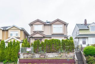 Main Photo: 5421 KNIGHT Street in Vancouver: Knight House for sale (Vancouver East)  : MLS®# R2340773