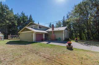 Main Photo: 910 Clapham Drive in VICTORIA: Me Rocky Point Single Family Detached for sale (Metchosin)  : MLS®# 406552