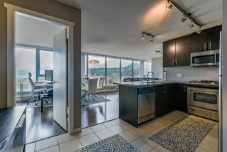 """Photo 2: 2106 651 NOOTKA Way in Port Moody: Port Moody Centre Condo for sale in """"SAHALEE"""" : MLS®# R2352811"""