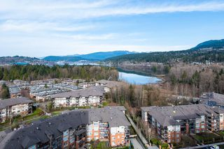 "Photo 13: 2106 651 NOOTKA Way in Port Moody: Port Moody Centre Condo for sale in ""SAHALEE"" : MLS®# R2352811"