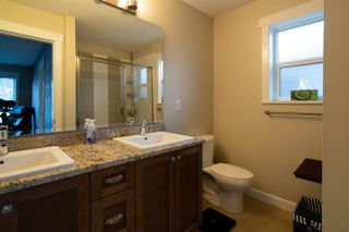 """Photo 8: 61 7059 210 Street in Langley: Willoughby Heights Townhouse for sale in """"ALDER AT MILNER HEIGHTS"""" : MLS®# R2358148"""