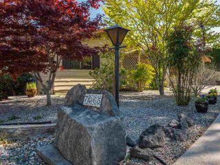 Photo 5: 7065 DALE Road in Sechelt: Sechelt District House for sale (Sunshine Coast)  : MLS®# R2360586