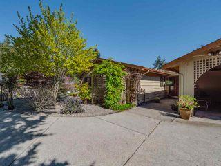 Photo 6: 7065 DALE Road in Sechelt: Sechelt District House for sale (Sunshine Coast)  : MLS®# R2360586