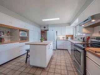 Photo 10: 7065 DALE Road in Sechelt: Sechelt District House for sale (Sunshine Coast)  : MLS®# R2360586