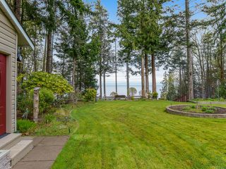 Photo 8: 4651 Maple Guard Dr in BOWSER: PQ Bowser/Deep Bay Single Family Detached for sale (Parksville/Qualicum)  : MLS®# 811715