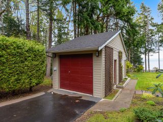 Photo 17: 4651 Maple Guard Dr in BOWSER: PQ Bowser/Deep Bay Single Family Detached for sale (Parksville/Qualicum)  : MLS®# 811715