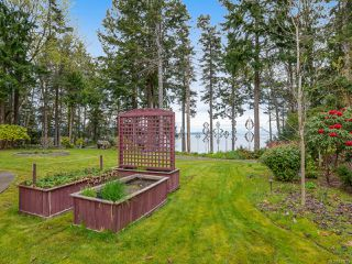 Photo 15: 4651 Maple Guard Dr in BOWSER: PQ Bowser/Deep Bay Single Family Detached for sale (Parksville/Qualicum)  : MLS®# 811715