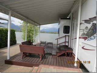 """Photo 6: 2 9341 SHOOK Road in Mission: Hatzic Home for sale in """"Swans Point"""" : MLS®# R2367136"""