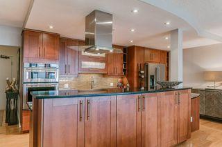Photo 4: 904 9809 110 Street in Edmonton: Zone 12 Condo for sale : MLS®# E4157075