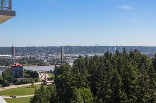"Photo 18: 2305 280 ROSS Drive in New Westminster: Fraserview NW Condo for sale in ""THE CARLYLE"" : MLS®# R2373905"
