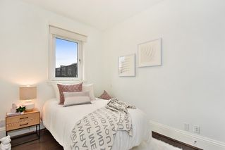 "Photo 14: 302 2035 W 4TH Avenue in Vancouver: Kitsilano Condo for sale in ""The Vermeer"" (Vancouver West)  : MLS®# R2385930"