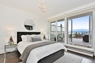 "Photo 12: 302 2035 W 4TH Avenue in Vancouver: Kitsilano Condo for sale in ""The Vermeer"" (Vancouver West)  : MLS®# R2385930"