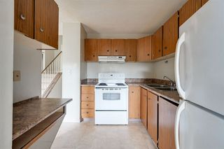 Photo 3: 3617 42A Avenue in Edmonton: Zone 29 House for sale : MLS®# E4164431