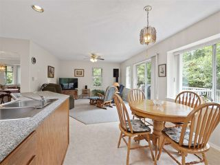 Photo 7: 867 INGLIS Road in Gibsons: Gibsons & Area House for sale (Sunshine Coast)  : MLS®# R2388654