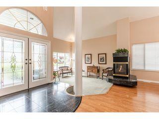 Photo 2: 23679 TAMARACK Lane in Maple Ridge: Albion House for sale : MLS®# R2392308