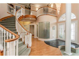 Photo 3: 23679 TAMARACK Lane in Maple Ridge: Albion House for sale : MLS®# R2392308
