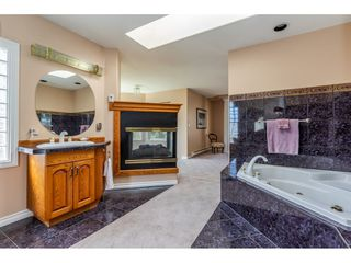 Photo 12: 23679 TAMARACK Lane in Maple Ridge: Albion House for sale : MLS®# R2392308