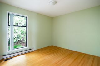 Photo 15: 4602 CARSON Street in Burnaby: South Slope House for sale (Burnaby South)  : MLS®# R2396412