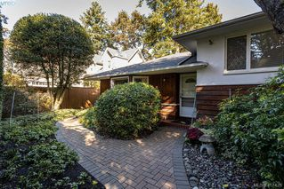 Photo 24: 2792 Tudor Avenue in VICTORIA: SE Ten Mile Point Single Family Detached for sale (Saanich East)  : MLS®# 417428