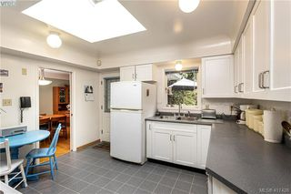Photo 7: 2792 Tudor Avenue in VICTORIA: SE Ten Mile Point Single Family Detached for sale (Saanich East)  : MLS®# 417428