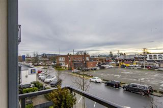Photo 18: 302 22363 SELKIRK AVENUE in Maple Ridge: West Central Condo for sale : MLS®# R2413478