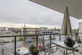 Photo 7: 302 22363 SELKIRK AVENUE in Maple Ridge: West Central Condo for sale : MLS®# R2413478