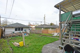 Photo 4: 6172 PRINCE ALBERT Street in Vancouver: Fraser VE House for sale (Vancouver East)  : MLS®# R2422907