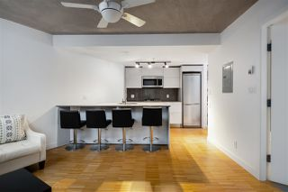 """Photo 3: 309 128 W CORDOVA Street in Vancouver: Downtown VW Condo for sale in """"Woodward's Building"""" (Vancouver West)  : MLS®# R2427264"""