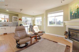 Photo 13: 30 1290 Tolmie Avenue in VICTORIA: SE Cedar Hill Row/Townhouse for sale (Saanich East)  : MLS®# 422153