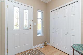 Photo 5: 30 1290 Tolmie Avenue in VICTORIA: SE Cedar Hill Row/Townhouse for sale (Saanich East)  : MLS®# 422153