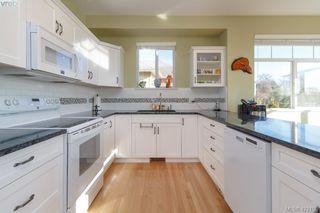 Photo 9: 30 1290 Tolmie Avenue in VICTORIA: SE Cedar Hill Row/Townhouse for sale (Saanich East)  : MLS®# 422153