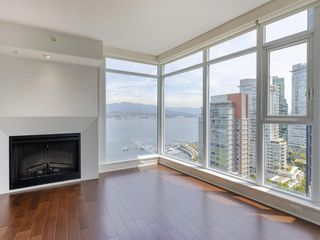 Photo 6: 2504 1205 West Hastings Street in Vancouver: Coal Harbour Condo for sale (Vancouver West)  : MLS®# R2388523