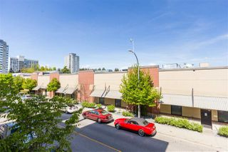 "Photo 12: 215 55 EIGHTH Avenue in New Westminster: GlenBrooke North Condo for sale in ""EIGHTWEST"" : MLS®# R2457550"