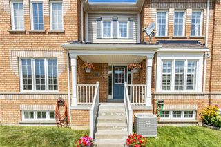 Photo 4: 12 Dollery Gate in Ajax: Northeast Ajax House (2-Storey) for sale : MLS®# E4871558
