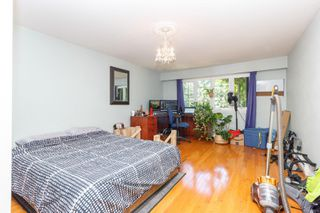 Photo 12: 3260 Beach Dr in : OB Uplands Single Family Detached for sale (Oak Bay)  : MLS®# 852074