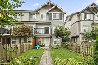 "Photo 3: 26 6366 126 Street in Surrey: Panorama Ridge Townhouse for sale in ""Sunridge"" : MLS®# R2500226"