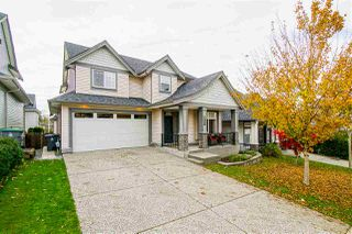 Photo 1: 6067 145A Street in Surrey: Sullivan Station House for sale : MLS®# R2515224