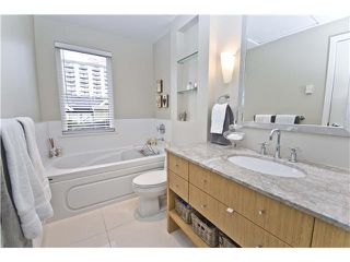 """Photo 8: 2955 LAUREL Street in Vancouver: Fairview VW Townhouse for sale in """"THE BROWNSTONE"""" (Vancouver West)  : MLS®# V880457"""