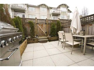 """Photo 9: 2955 LAUREL Street in Vancouver: Fairview VW Townhouse for sale in """"THE BROWNSTONE"""" (Vancouver West)  : MLS®# V880457"""
