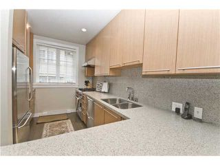 """Photo 2: 2955 LAUREL Street in Vancouver: Fairview VW Townhouse for sale in """"THE BROWNSTONE"""" (Vancouver West)  : MLS®# V880457"""