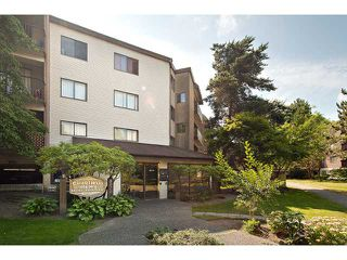 """Main Photo: 303 8870 CITATION Drive in Richmond: Brighouse Condo for sale in """"CHARTWELL MEWS"""" : MLS®# V904334"""
